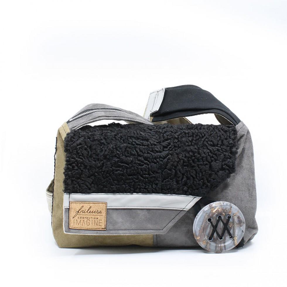 Frileuse | Superbe sac à bandoulière avec mouton de Perse récupéré