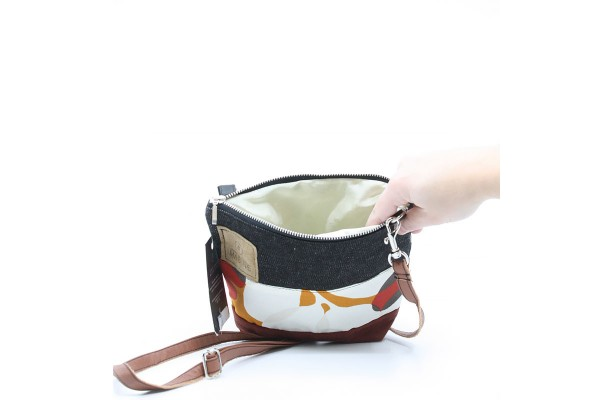 Petit sac à main bandoulière en jeans recyclé / M04