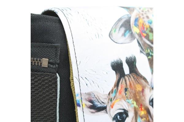 Chipie | Sac à bandoulière créé à partir de l'œuvre Girafes de Félixanne Harvey