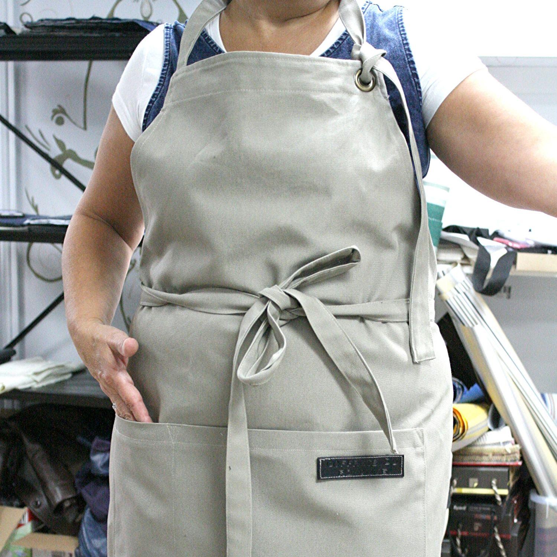 /confection-de-tablier-tissu-sur-mesure-restaurant-logo-entreprise-imagine-saguenay